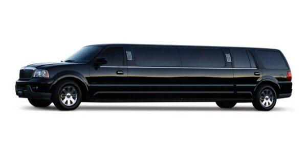Black Lincoln Navigator 4